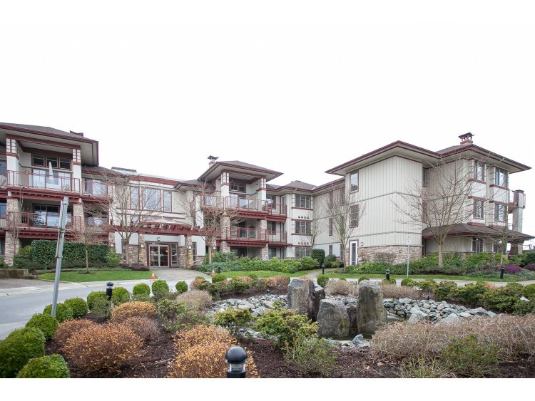 "Main Photo: 208 16421 64 Avenue in Surrey: Cloverdale BC Condo for sale in ""St. Andrews at Northview"" (Cloverdale)  : MLS® # R2041452"