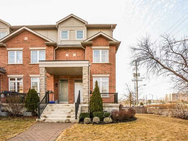 Main Photo: 21 B Hobden Place in Toronto: Willowridge-Martingrove-Richview House (3-Storey) for sale (Toronto W09)  : MLS(r) # W3435013