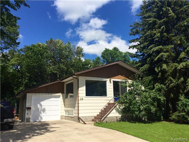 Main Photo: 28 TUXEDO Drive in Dauphin: Manitoba Other Residential for sale : MLS® # 1612789