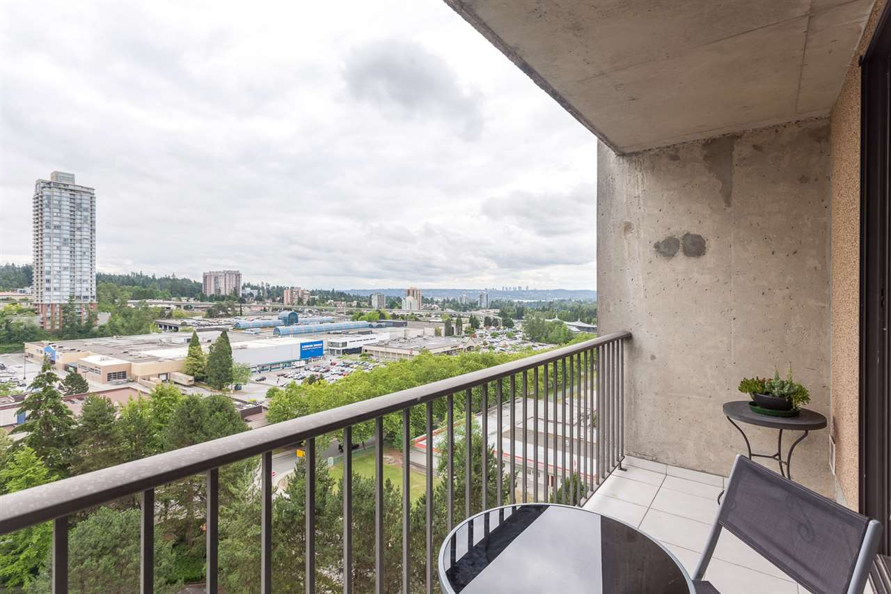 "Photo 13: 1502 9541 ERICKSON Drive in Burnaby: Sullivan Heights Condo for sale in ""ERICKSON TOWER"" (Burnaby North)  : MLS® # R2079707"