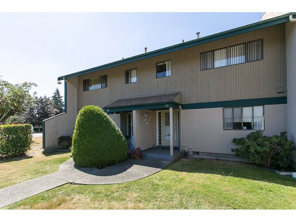 "Main Photo: 29 5850 177B Street in Surrey: Cloverdale BC Townhouse for sale in ""DOGWOOD GARDENS"" (Cloverdale)  : MLS®# R2100729"