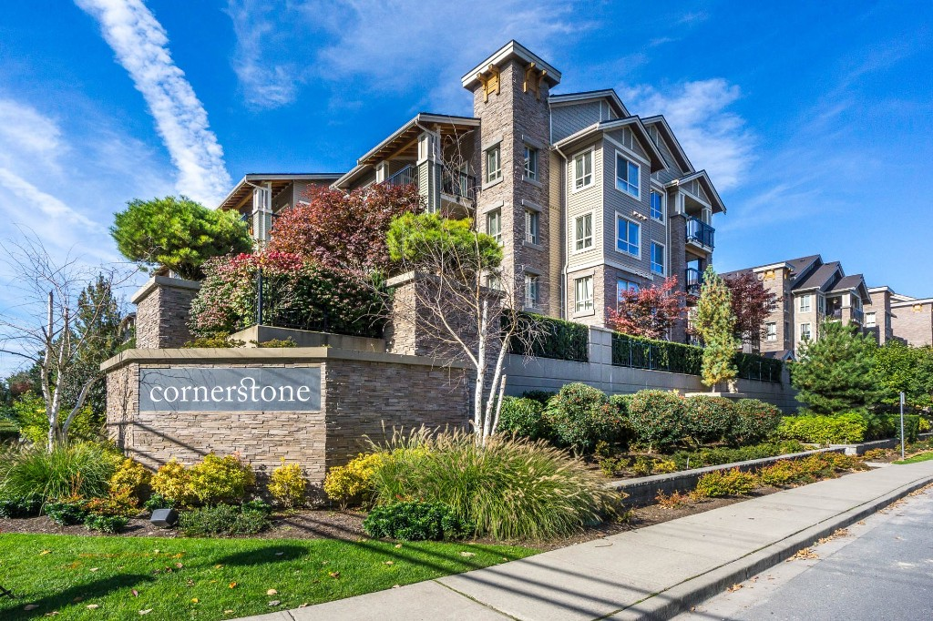 "Main Photo: 108 21009 56 Avenue in Langley: Salmon River Condo for sale in ""CORNERSTONE"" : MLS®# R2120132"