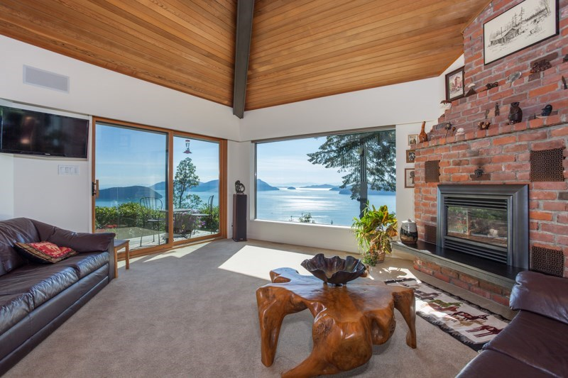 Photo 5: 150 MOUNTAIN Drive: Lions Bay House for sale (West Vancouver)  : MLS(r) # R2133670