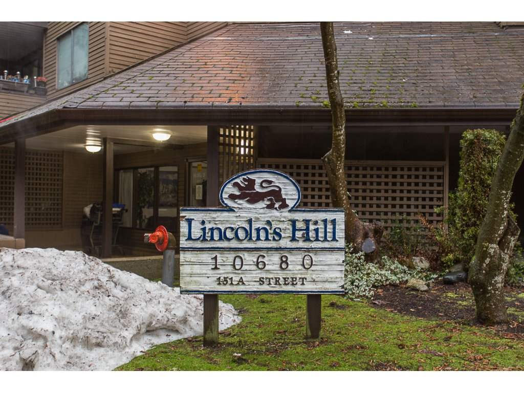 "Main Photo: 210 10680 151A Street in Surrey: Guildford Condo for sale in ""Lincoln Hill"" (North Surrey)  : MLS(r) # R2138821"