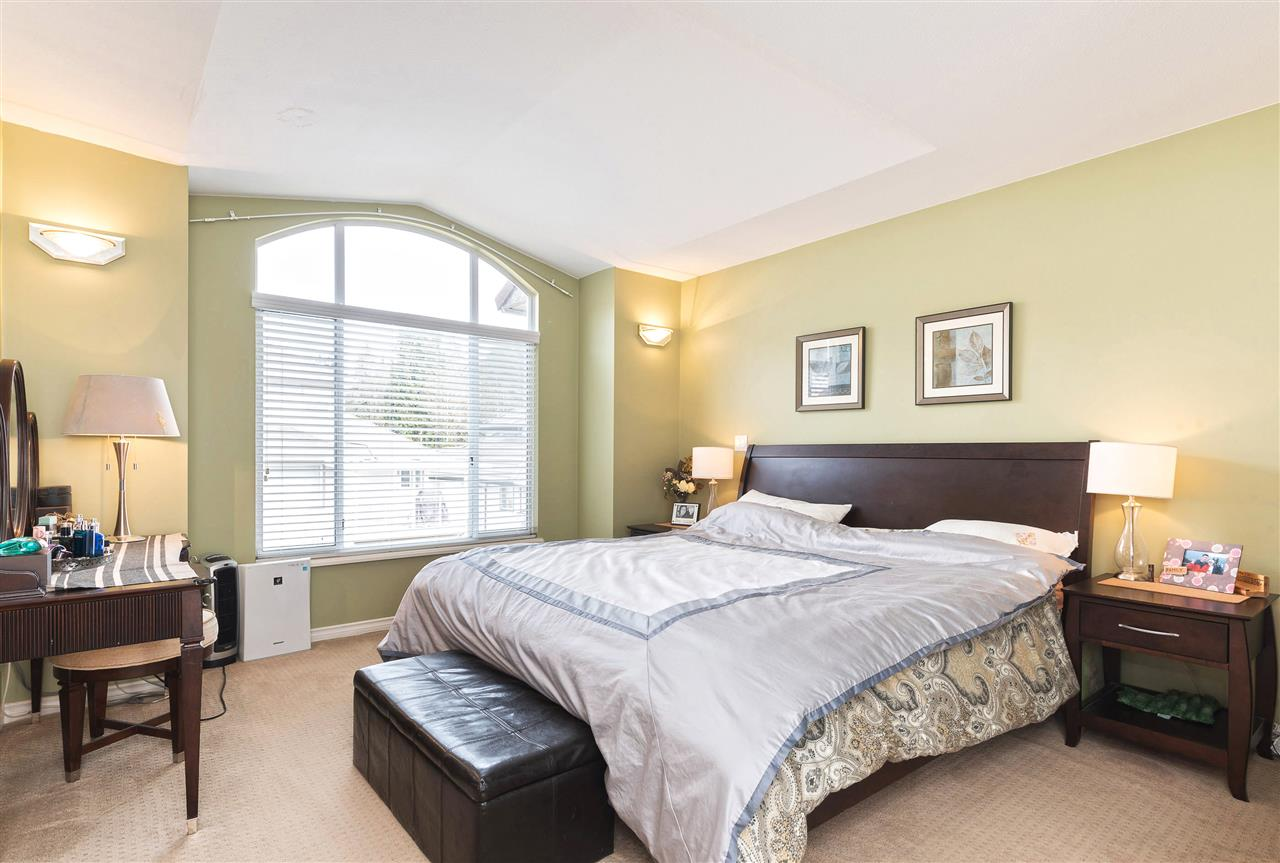 Photo 9: 3313 RAKANNA Place in Coquitlam: Hockaday House for sale : MLS(r) # R2147464