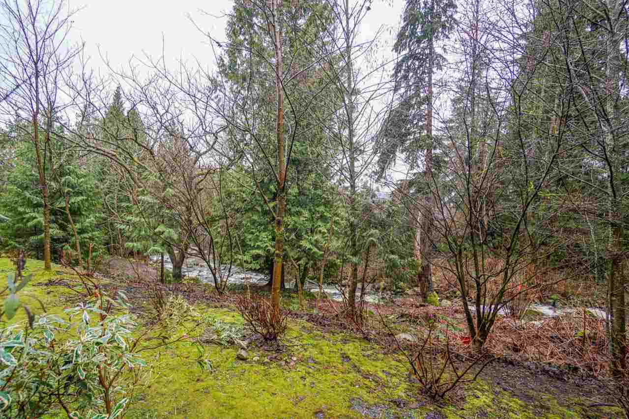"Photo 15: 210A 301 MAUDE Road in Port Moody: North Shore Pt Moody Condo for sale in ""HERITAGE GRAND"" : MLS® # R2148075"
