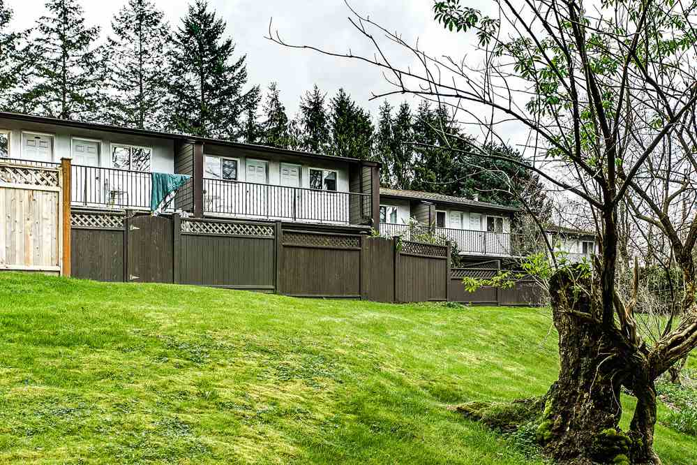 "Photo 18: 5 20939 CAMWOOD Avenue in Maple Ridge: Southwest Maple Ridge Townhouse for sale in ""CAMWOOD GARDENS"" : MLS(r) # R2157397"