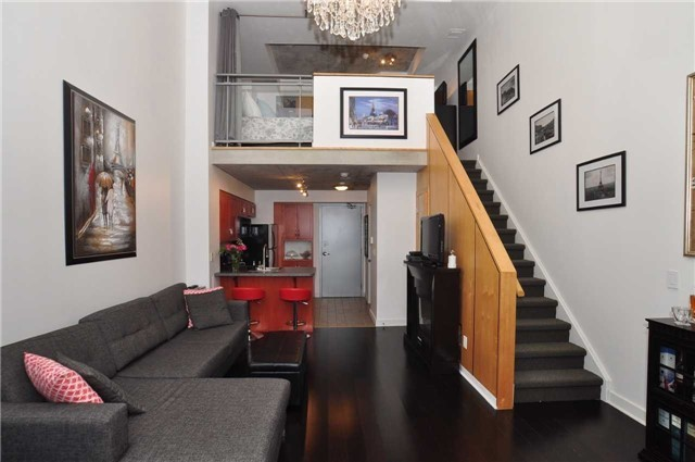 Main Photo: 412 255 E Richmond Street in Toronto: Moss Park Condo for sale (Toronto C08)  : MLS(r) # C3768881