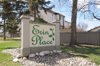 Main Photo: 858 Erin Place in Edmonton: Zone 20 Townhouse for sale : MLS(r) # E4062305