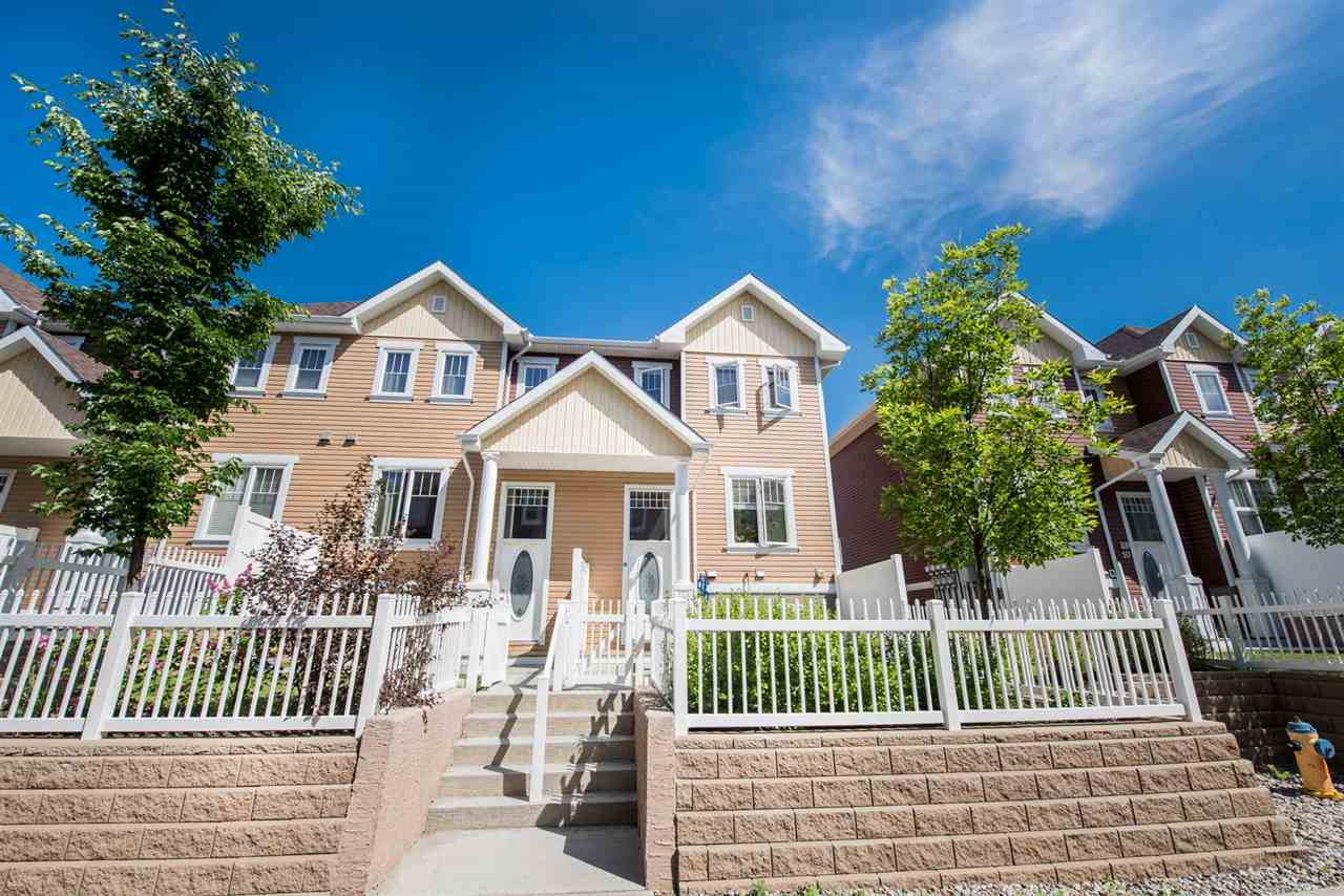 Main Photo: 9 1623 TOWNE CENTER Boulevard in Edmonton: Zone 14 Townhouse for sale : MLS(r) # E4068258