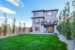 Main Photo: 14042 161A Avenue in Edmonton: Zone 27 House for sale : MLS® # E4072546