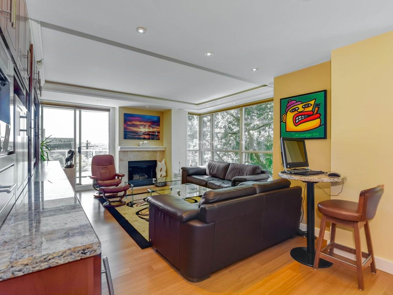 "Photo 3: 302 1290 BURNABY Street in Vancouver: West End VW Condo for sale in ""The Bellevue"" (Vancouver West)  : MLS(r) # R2187984"