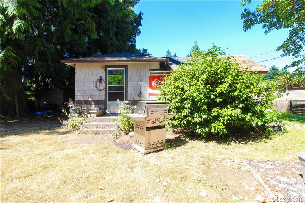 Main Photo: 5225 Santa Clara Avenue in VICTORIA: SE Cordova Bay Land for sale (Saanich East)  : MLS® # 380918