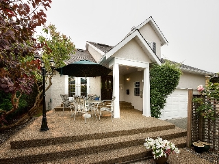 "Main Photo: 6736 SEAVIEW Road in Delta: Boundary Beach House for sale in ""BOUNDARY BAY"" (Tsawwassen)  : MLS® # R2195078"