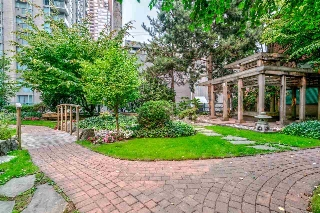 "Main Photo: 1204 939 HOMER Street in Vancouver: Yaletown Condo for sale in ""THE PINNACLE"" (Vancouver West)  : MLS® # R2204695"