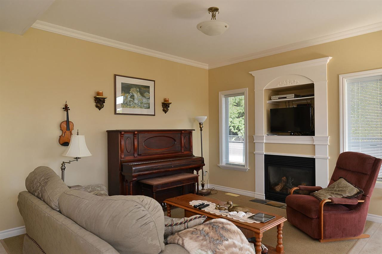 Photo 18: Photos: 5050 BAY Road in Sechelt: Sechelt District House for sale (Sunshine Coast)  : MLS®# R2211781