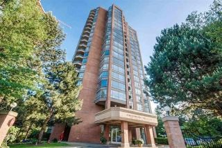 "Main Photo: 406 4350 BERESFORD Street in Burnaby: Metrotown Condo for sale in ""CARLETON ON THE PARK"" (Burnaby South)  : MLS® # R2233235"
