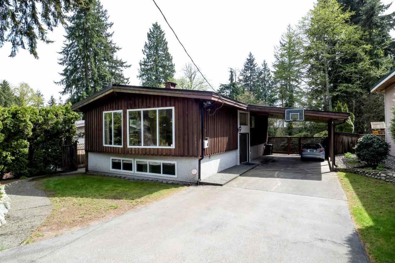 Main Photo: 2537 BENDALE Road in North Vancouver: Blueridge NV House for sale : MLS®# R2258866