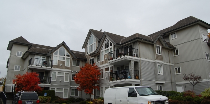 "Main Photo: 102 32638 7TH Avenue in Mission: Mission BC Condo for sale in ""Carolina Villa"" : MLS® # F1127375"