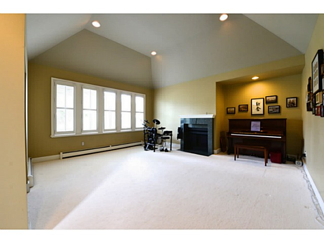 Photo 3: 3080 W 42ND Avenue in Vancouver: Kerrisdale House for sale (Vancouver West)  : MLS® # V1057120
