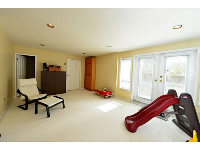 Photo 14: 3080 W 42ND Avenue in Vancouver: Kerrisdale House for sale (Vancouver West)  : MLS® # V1057120