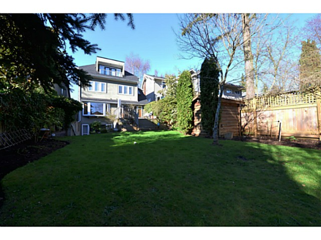 Photo 16: 3080 W 42ND Avenue in Vancouver: Kerrisdale House for sale (Vancouver West)  : MLS(r) # V1057120