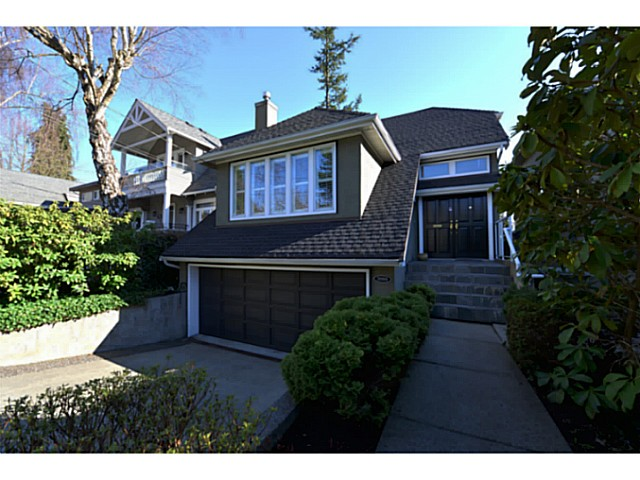 Photo 1: 3080 W 42ND Avenue in Vancouver: Kerrisdale House for sale (Vancouver West)  : MLS(r) # V1057120
