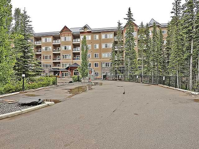 Main Photo: 311 20 DISCOVERY RIDGE Close SW in CALGARY: Discovery Ridge Condo for sale (Calgary)  : MLS®# C3622068