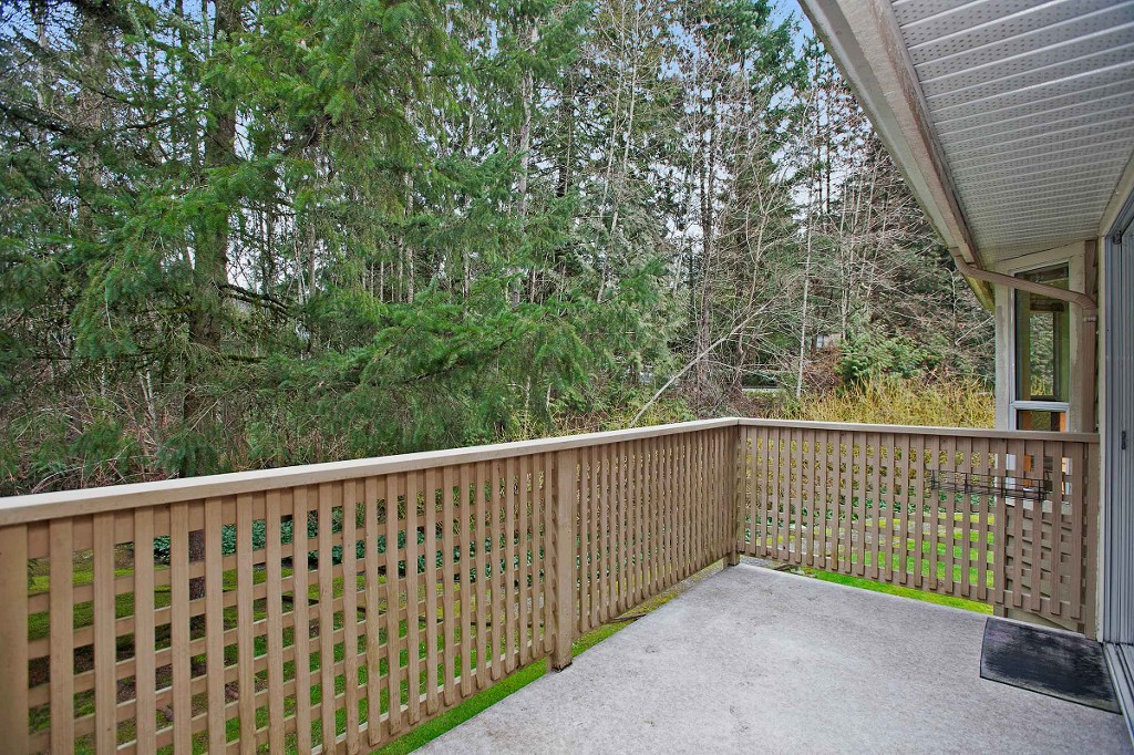 "Photo 18: 15 3634 GARIBALDI Drive in North Vancouver: Roche Point Townhouse for sale in ""BROOKSIDE"" : MLS(r) # V1106643"