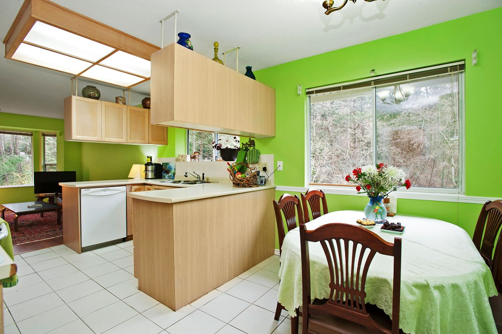"Photo 5: 15 3634 GARIBALDI Drive in North Vancouver: Roche Point Townhouse for sale in ""BROOKSIDE"" : MLS(r) # V1106643"