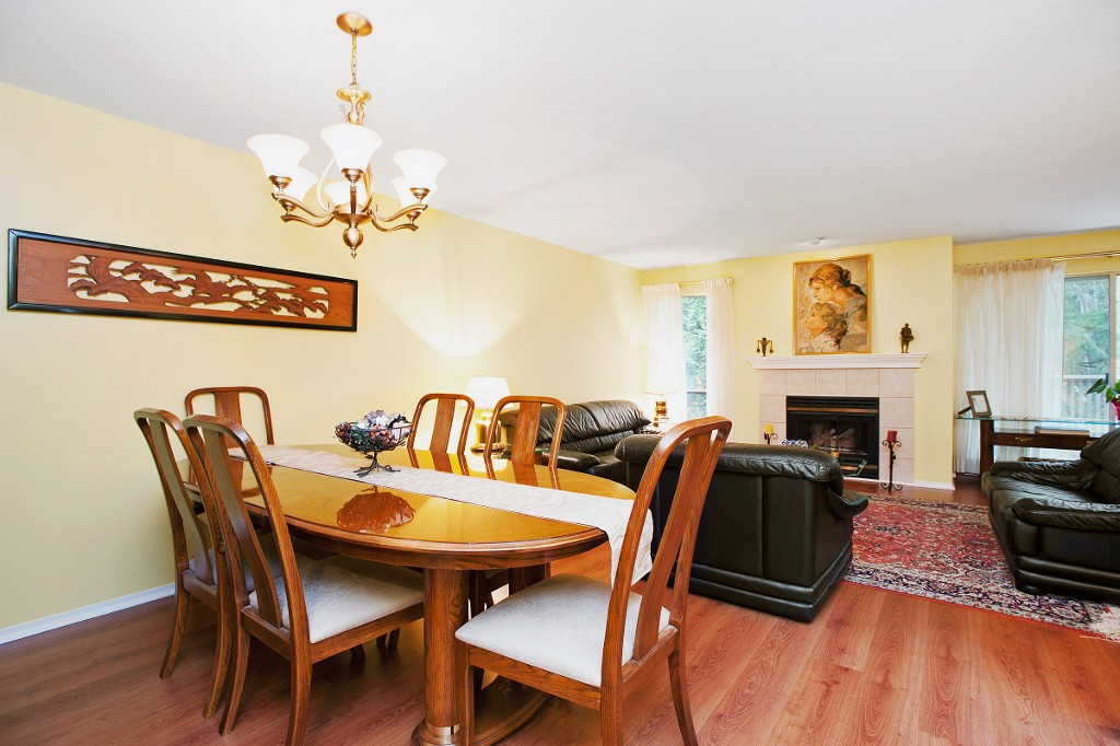"Photo 11: 15 3634 GARIBALDI Drive in North Vancouver: Roche Point Townhouse for sale in ""BROOKSIDE"" : MLS(r) # V1106643"