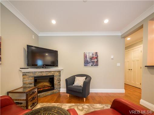 Photo 4: 2 523 Trutch Street in VICTORIA: Vi Fairfield West Condo Apartment for sale (Victoria)  : MLS(r) # 351744
