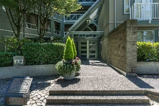 "Main Photo: 106 2080 E KENT AVENUE SOUTH Avenue in Vancouver: Fraserview VE Condo for sale in ""TUGBOAT LANDING"" (Vancouver East)  : MLS® # R2095096"