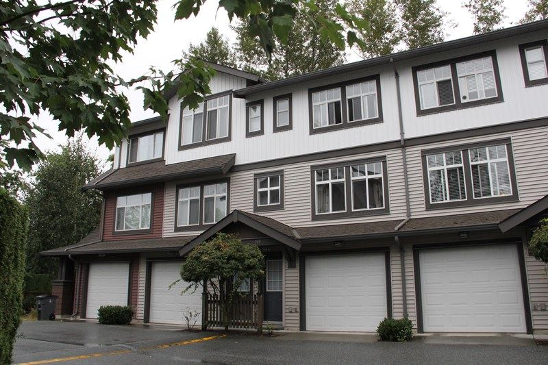 "Main Photo: 198 16177 83 Avenue in Surrey: Fleetwood Tynehead Townhouse for sale in ""Veranda"" : MLS(r) # R2097390"