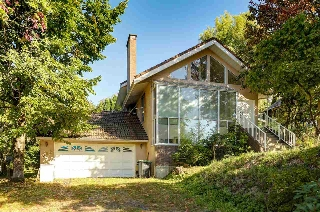 Main Photo: 389 METTA Street in Port Moody: North Shore Pt Moody House for sale : MLS(r) # R2109701