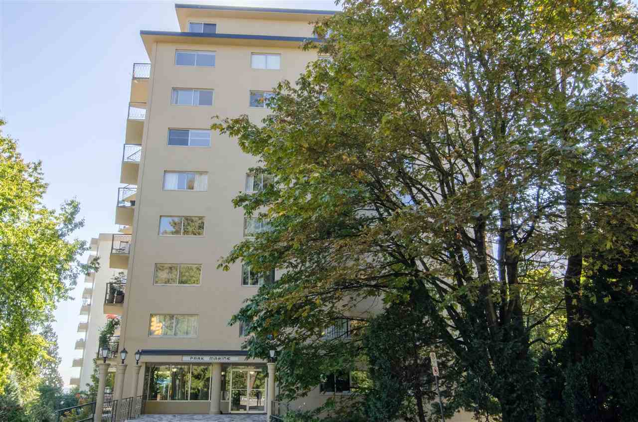 "Photo 3: Photos: 303 1930 MARINE Drive in West Vancouver: Ambleside Condo for sale in ""Park Marine"" : MLS® # R2112898"