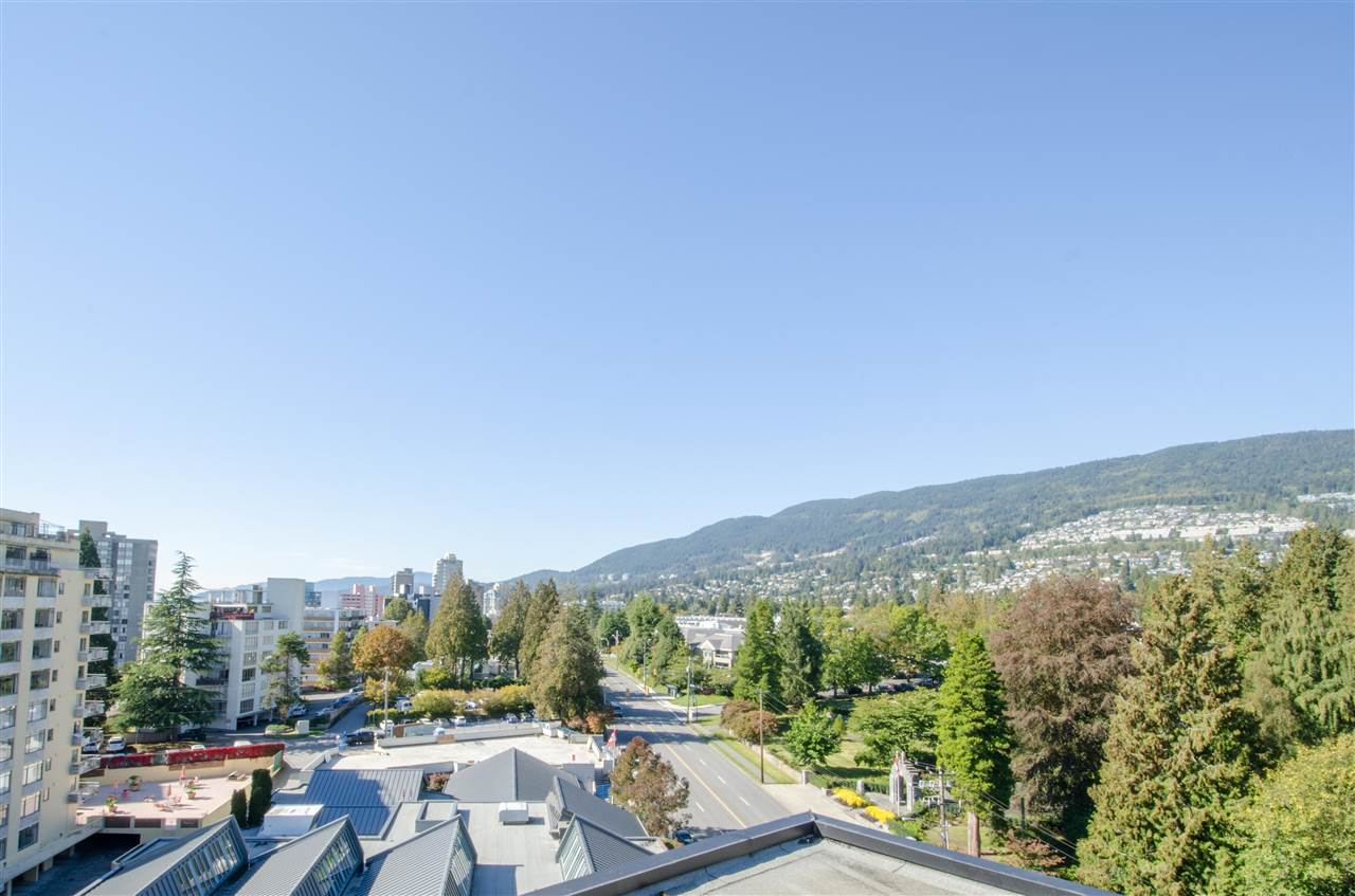 "Photo 12: Photos: 303 1930 MARINE Drive in West Vancouver: Ambleside Condo for sale in ""Park Marine"" : MLS® # R2112898"