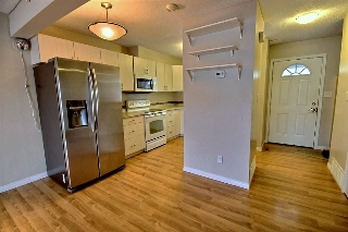 Main Photo: 8209 182 Street in Edmonton: Zone 20 Townhouse for sale : MLS(r) # E4048497
