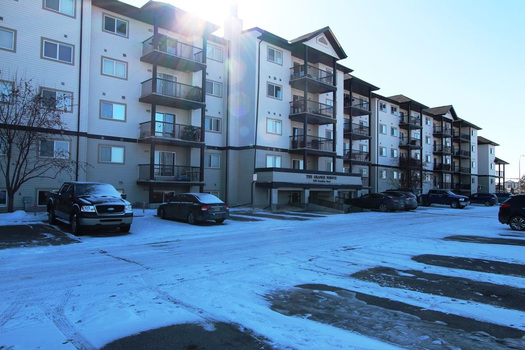 Main Photo: 216 2430 GUARDIAN Road in Edmonton: Zone 58 Condo for sale : MLS(r) # E4055508