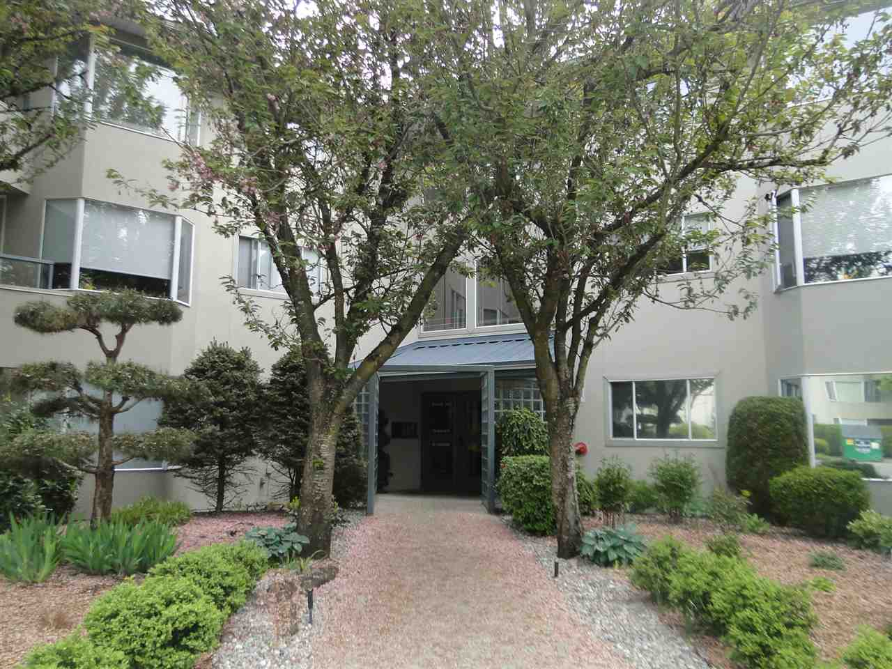 "Main Photo: 317 2700 MCCALLUM Road in Abbotsford: Central Abbotsford Condo for sale in ""THE SEASONS"" : MLS® # R2164540"