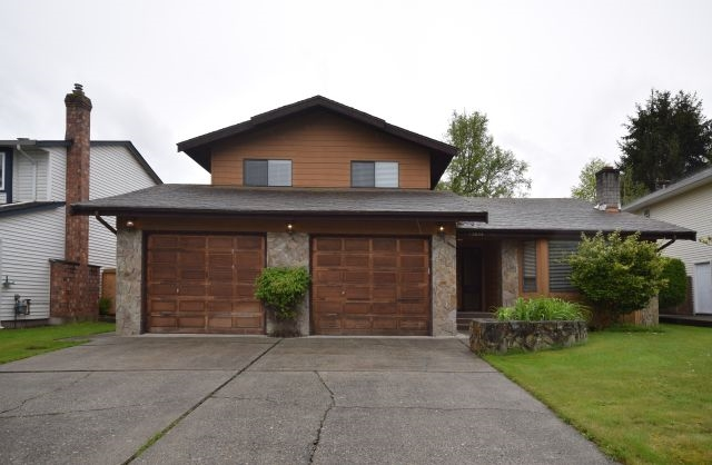 Main Photo: 13034 62ND Avenue in Surrey: Panorama Ridge House for sale : MLS® # R2167387