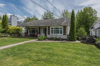 Main Photo: 1918 SEVENTH Avenue in New Westminster: West End NW House for sale : MLS(r) # R2169826