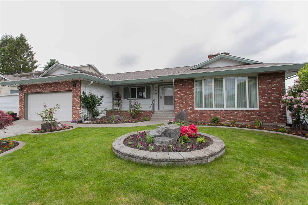 Main Photo: 32639 HACIENDA Place in Abbotsford: Abbotsford West House for sale : MLS(r) # R2169634