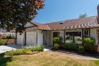 Main Photo: 6186 45 Avenue in Delta: Holly House for sale (Ladner)  : MLS® # R2200413