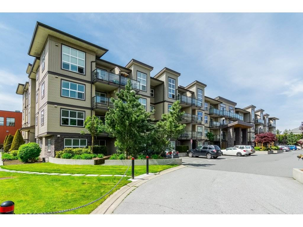 "Main Photo: 406 30515 CARDINAL Avenue in Abbotsford: Abbotsford West Condo for sale in ""TAMARIND WESTSIDE"" : MLS®# R2257157"