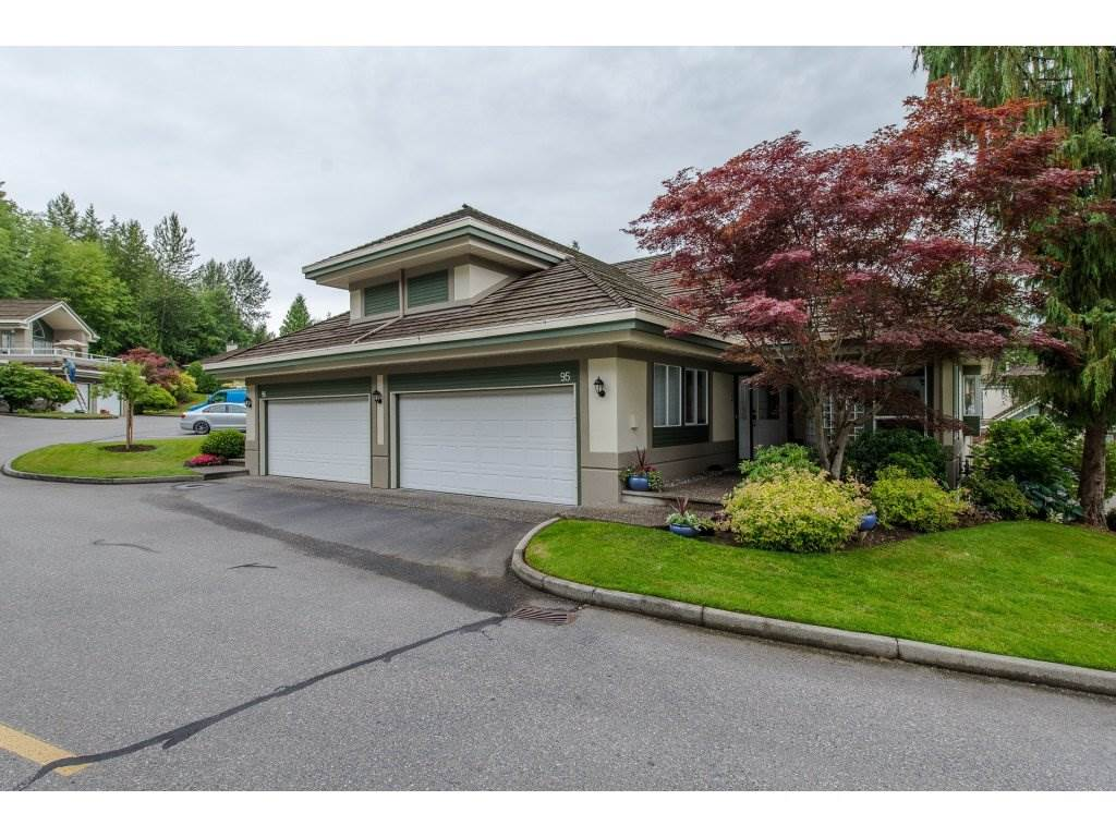 "Main Photo: 95 4001 OLD CLAYBURN Road in Abbotsford: Abbotsford East Townhouse for sale in ""Cedar Springs"" : MLS®# R2284677"