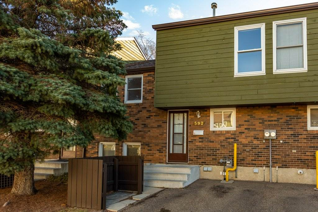 FEATURED LISTING: 592 Abbottsfield Road Edmonton