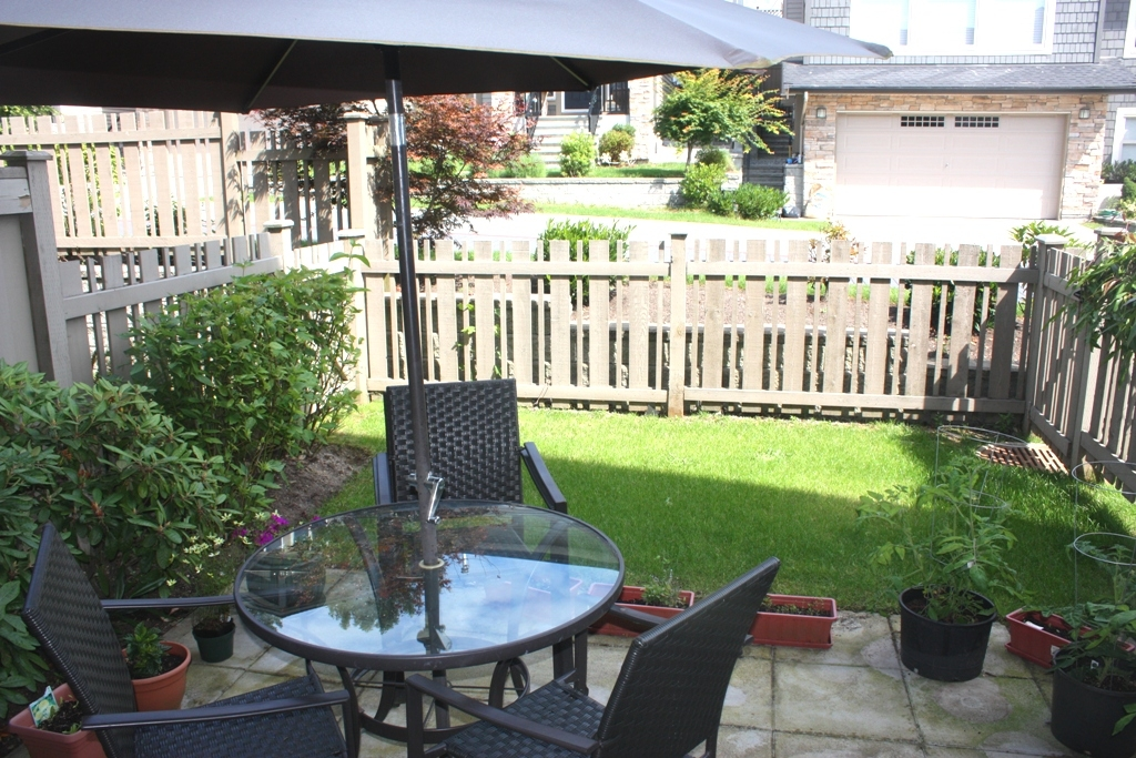 "Photo 11: 54 1370 PURCELL Drive in Coquitlam: Westwood Plateau Townhouse for sale in ""WHITE TAIL LANE"" : MLS(r) # V903344"