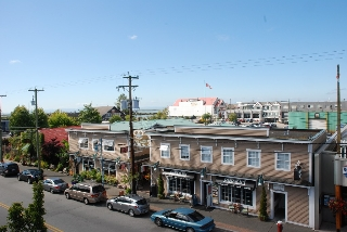 Main Photo: 260 12420 No.1 Road in Richmond: Steveston Villlage Townhouse for sale : MLS®# v969074