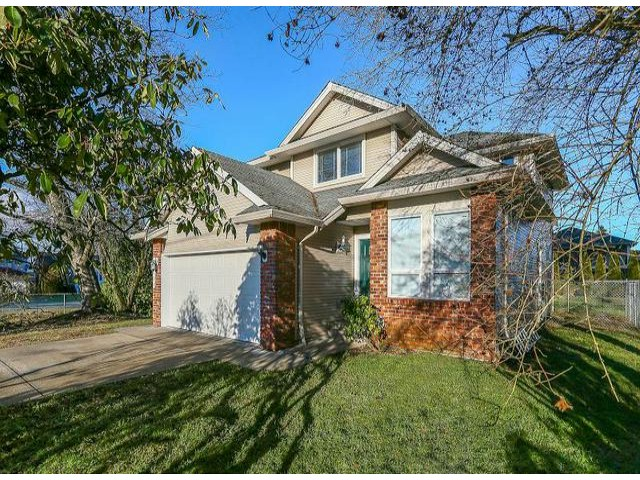 Main Photo: 14153 MELROSE DR in Surrey: Bolivar Heights House for sale (North Surrey)  : MLS® # F1400004